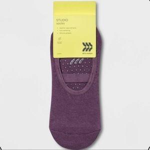 New solid barre grip socks